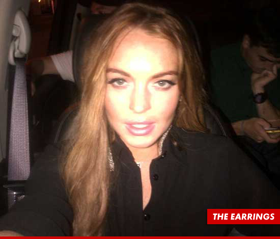 0829-lindsay-lohan-the-earrings