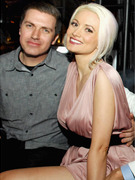 Holly Madison Expecting First Child!