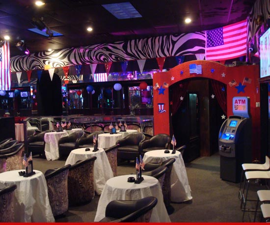 0829_rnc_strip_club_inside
