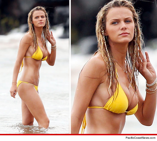 0830_brooklyn_decker_yellow_bikini_PCN