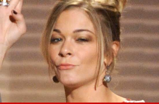 0830 leanne rimes 2 Leann Rimes: 'I like going to therapy'