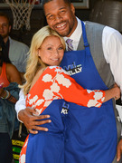 Michael Strahan Announced as &quot;Live! With Kelly&quot; Co-Host!