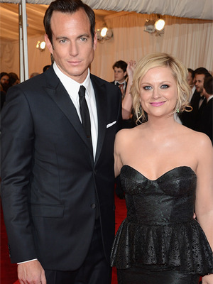 amy poehler dating nick cannon Amy poehler has a new man in her life making her laughthe 41-year-old parks and recreation star, who separated from husband will arnett back in september, cozied up to new beau nick kroll at thursday's afi 41st life achievement award gala in.