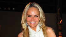 Kristin Chenoweth -- Neck Braces Are So Last Month!