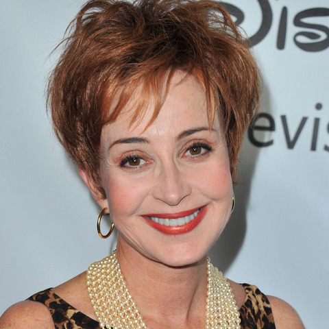 Annie Potts -- now 60 years old -- was spotted out looking spiritual.