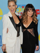 Kate Hudson Hits Red Carpet for &quot;Glee&quot; Premiere