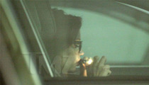 Amanda Bynes -- Smokin' From Drug Pipe, Driving Illegally