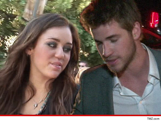0914-miley-cyrus-liam-hemsworth-tmz