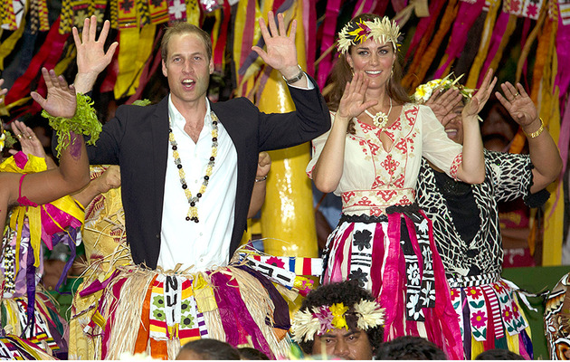 Prince William and Kate Get Down During a Polynesian Dance Ceremony!
