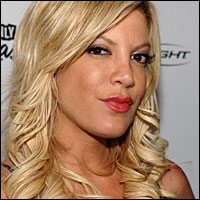 tori_spelling_200x200-1