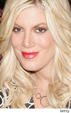 tori_spelling_getty_240-1