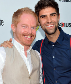 """Modern Family"" Star Jesse Tyler Ferguson Engaged!"