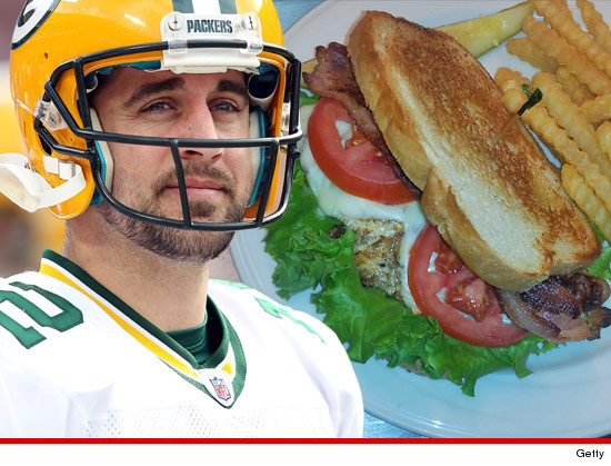 0920-aaron-rodgers-chicken-getty