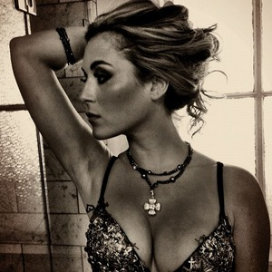 Stare at Alexa Vega Sexy Twitter Photos