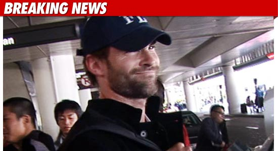 0315-sean-william-scott-bn-tmz