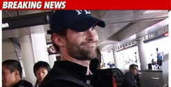 Seann William Scott Enters Treatment Facility 