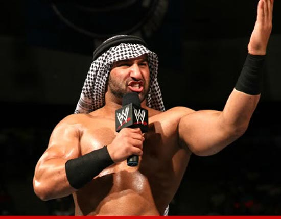 1001_Shawn-Daivari_wwe