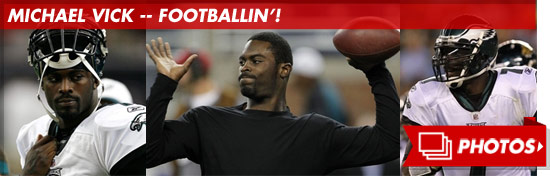 1002_michael_vick_footballin_footer