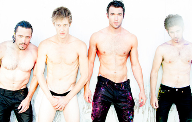"""Revenge"" Stars Go Shirtless -- Who's Hottest?"