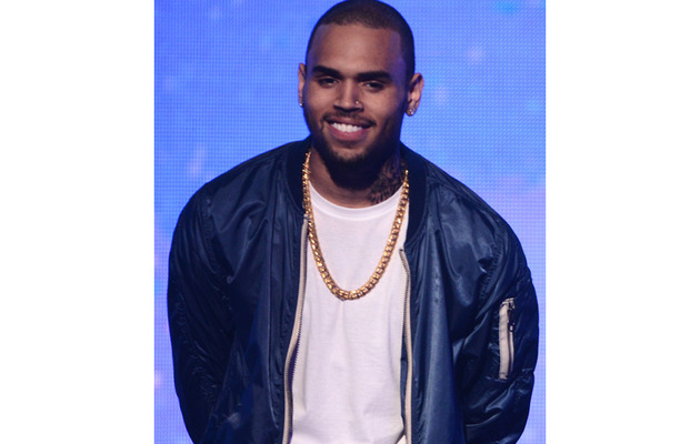 Chris Brown Breaks Up with Girlfriend ... Over Rihanna
