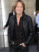 Keith Urban Speaks Out On the Mariah / Nicki &quot;Idol&quot; Drama