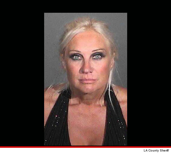 1005_linda_hogan_mugshot_article_2