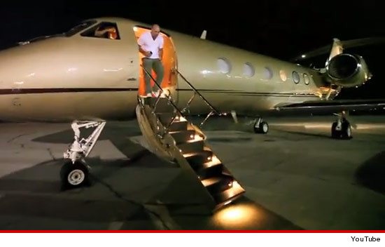 1008-dana-white-plane-tmz
