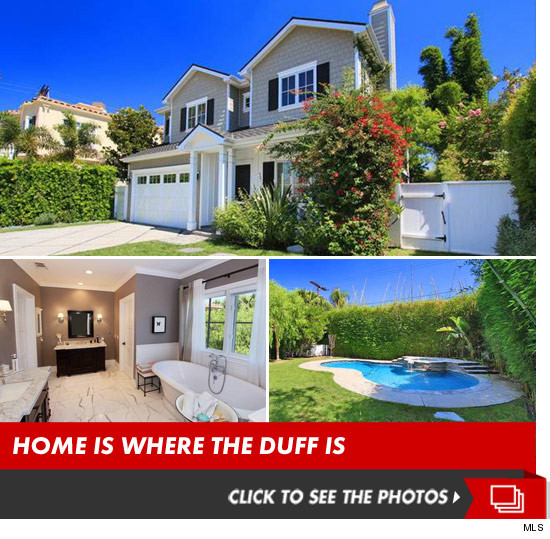 1009_haylie_duff_house_for_sale_listed_estate_photos_launch