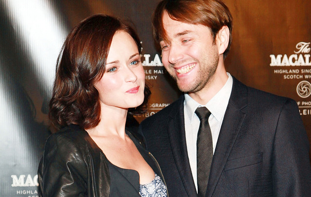 """""""Mad Men"""" Couple Makes Red Carpet Debut!"""