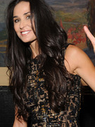 "Demi Moore Steps Out Amid ""Broken Heart"" Reports"