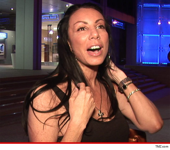 1018-danielle-staub-tmz