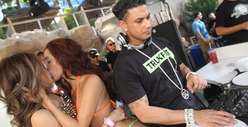 Pauly D Caught in Hurricane ... of Lesbianic Activity