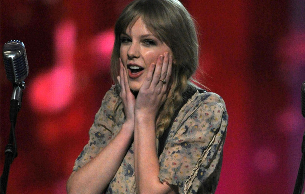 10 Random Things Taylor Swift Loves