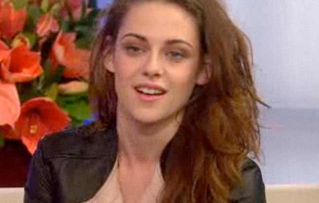 Video: Kristen Stewart Asked If She's Dating Robert Pattinson Again