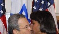 Barak & Condi Make Nice-Nice