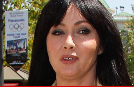 1113_shannon_doherty_01