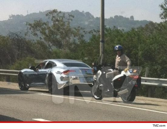 1114_beiber_pulled_over_wm