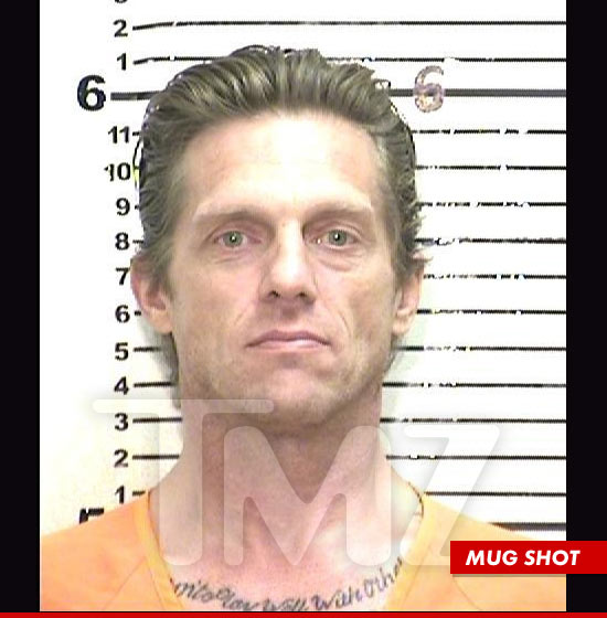 1121_puck_mugshot
