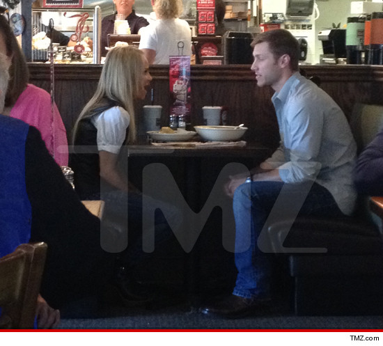 1130-chenoweth-pavelka-tmz
