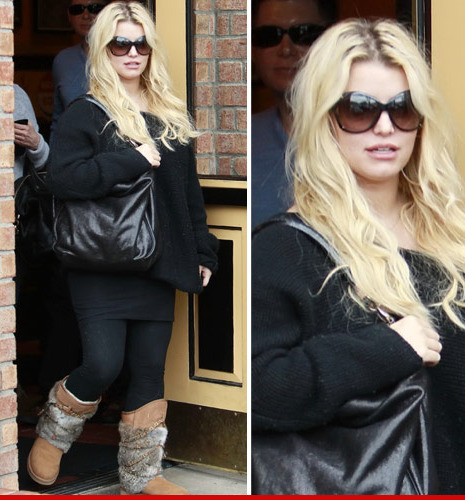 1213_jessica_simpson_inf_article