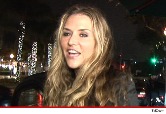 1217_brooke_mueller_tmz_article