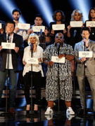 &quot;The Voice&quot; Pays Tribute to Newtown Shooting Victims