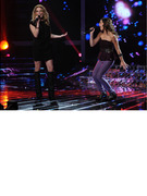 LeAnn Rimes Delivers Wobbly Performance on &quot;The X Factor&quot;