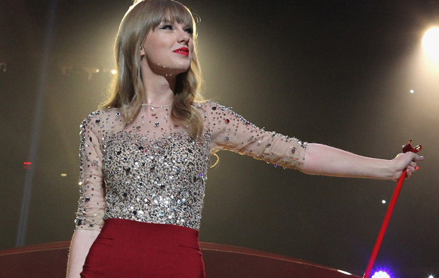 Taylor Swift Named Most Charitable Celeb of 2012!