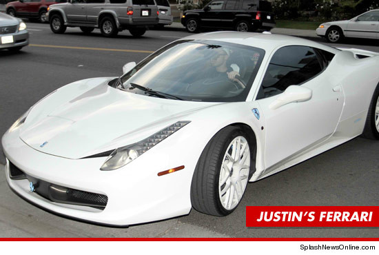 0101_justin_bieber_ferrari_article_splashnews