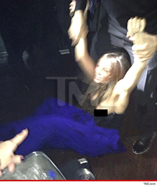 Sofia Vergara Wardrobe Malfunction -- nipple slip