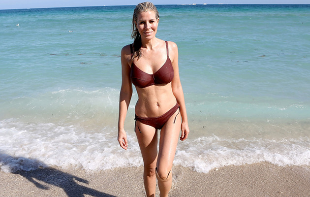 Aviva Drescher Puts Hot Bod on Display In Miami Beach!
