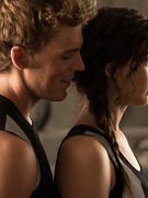 See Katniss, Finnick &amp; Peeta In New &quot;Catching Fire&quot; Pics