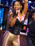 &quot;Real Housewives&quot; Star Kenya Moore Performs New Single