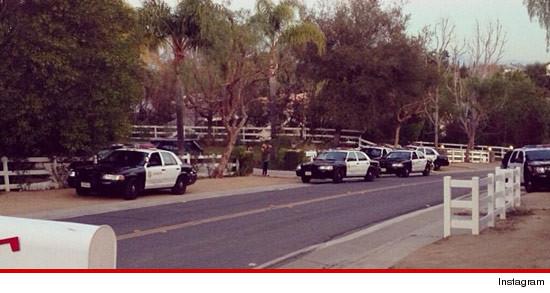 0118-kardashians-swatted-cops
